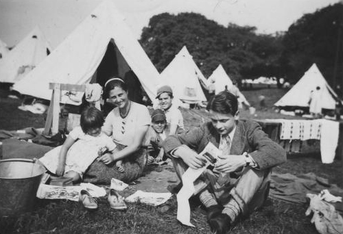 Image: Camp at North Stoneham. Used with kind permission of the BCA'37 UK. The Association for the UK Basque Children.